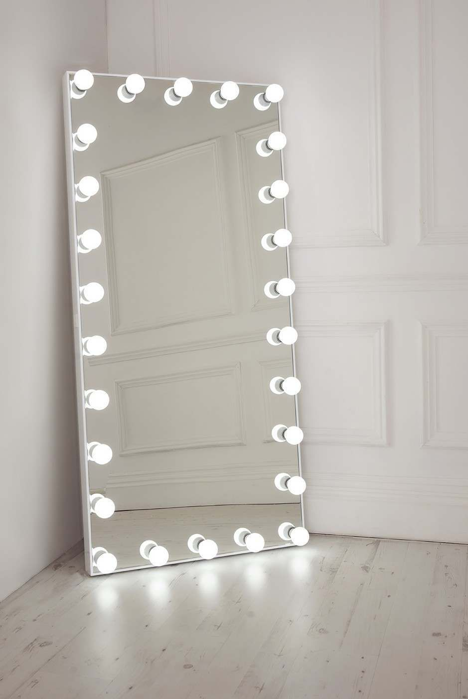 full length mirror with lights - Floor Length Mirror With Lights Walesfootprintorg full length mirror with lights