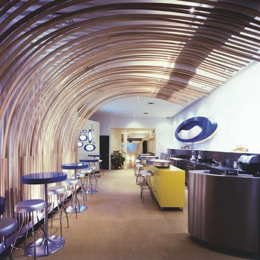Gym Commercial Bar Design: Wood Curved Wall