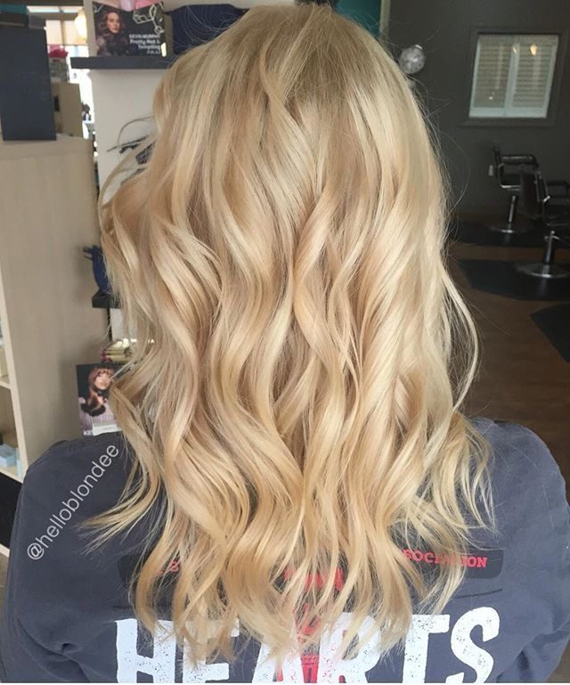 "Photo of HelloBlondee Studio on Instagram: ""Buttercream blonde 🎂😻"" – #blonde # …"
