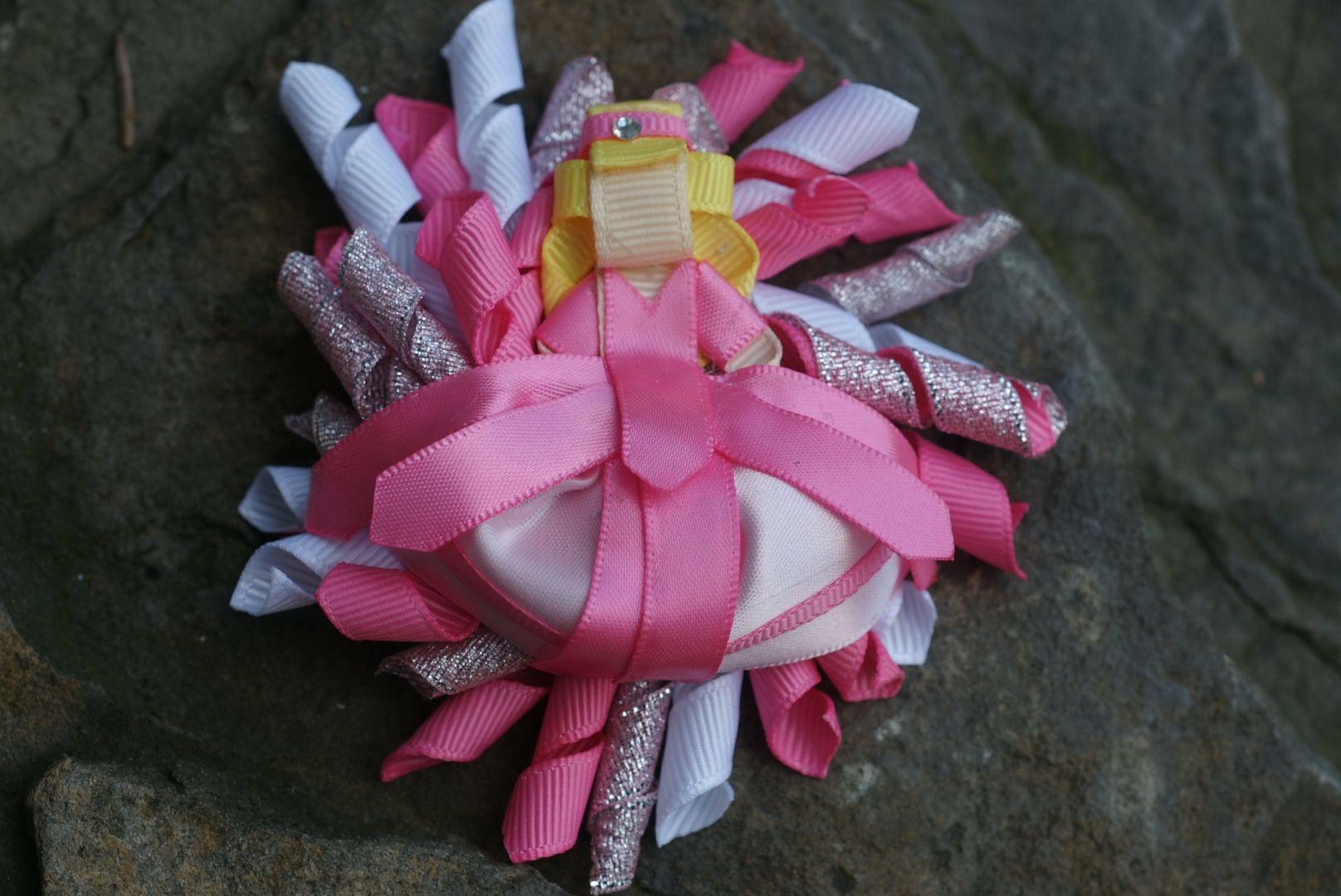 Princess corker hair clip www.littlesweetpeacloset.com
