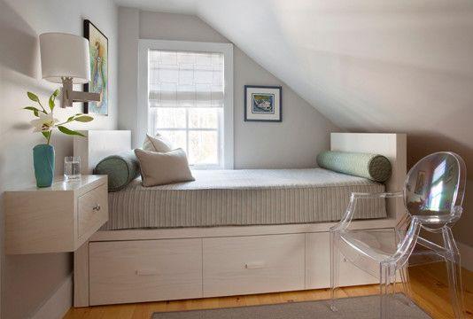schlafzimmer dachschräge schlafsofa bettkasten acryl stuhl - kleines schlafzimmer ideen dachschrge