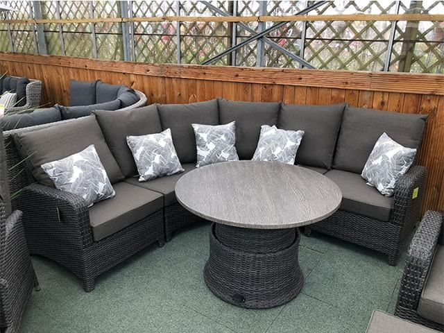 The Stone Grey Curved Rattan Sofa Set Is In Stock And Ready To Go From Garden Centre Ping Today Gardenfurniture Chairs Weatherproof