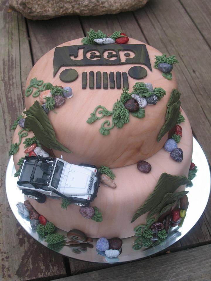 jeep  Birthday Cake Ideas | Serves 50+Frosted with buttercreamcovered and decora...