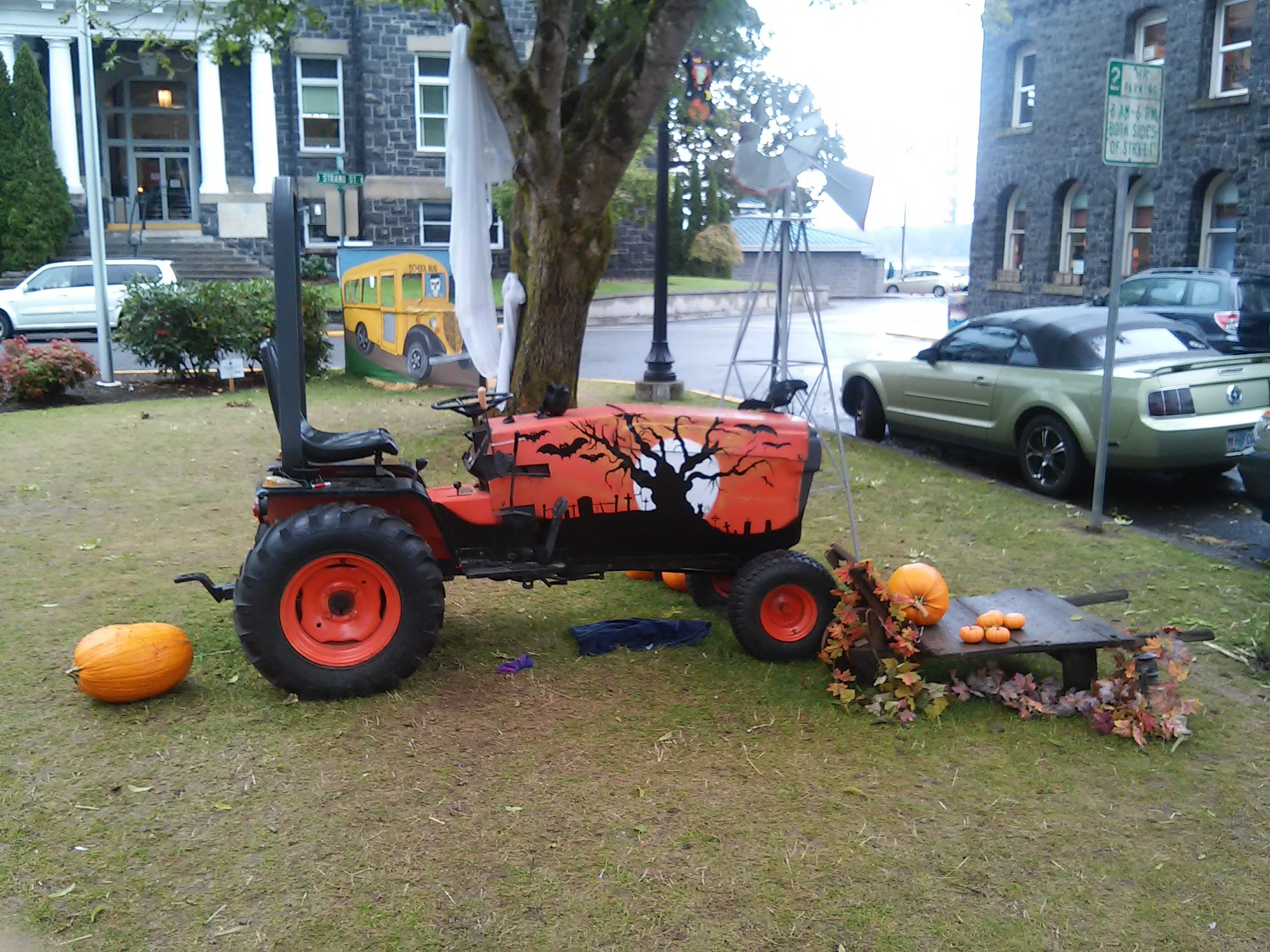 SAINT HELENS OR HALLOWEEN TOWN 2015 Halloween town