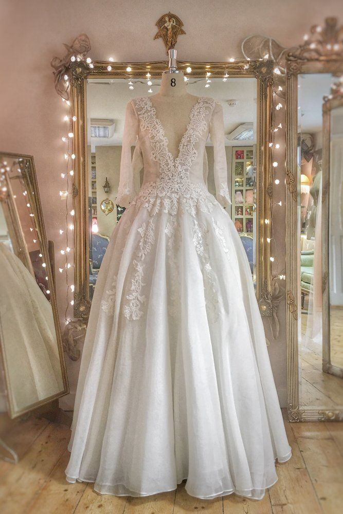 Image Of Sample Sale Ivory Organza And Guipure Lace Ballgown Style Wedding Dress Uk Size 8 1 Wedding Dresses Long Sleeve Wedding Gowns Gorgeous Wedding Dress,Second Hand Wedding Dresses Uk Size 18
