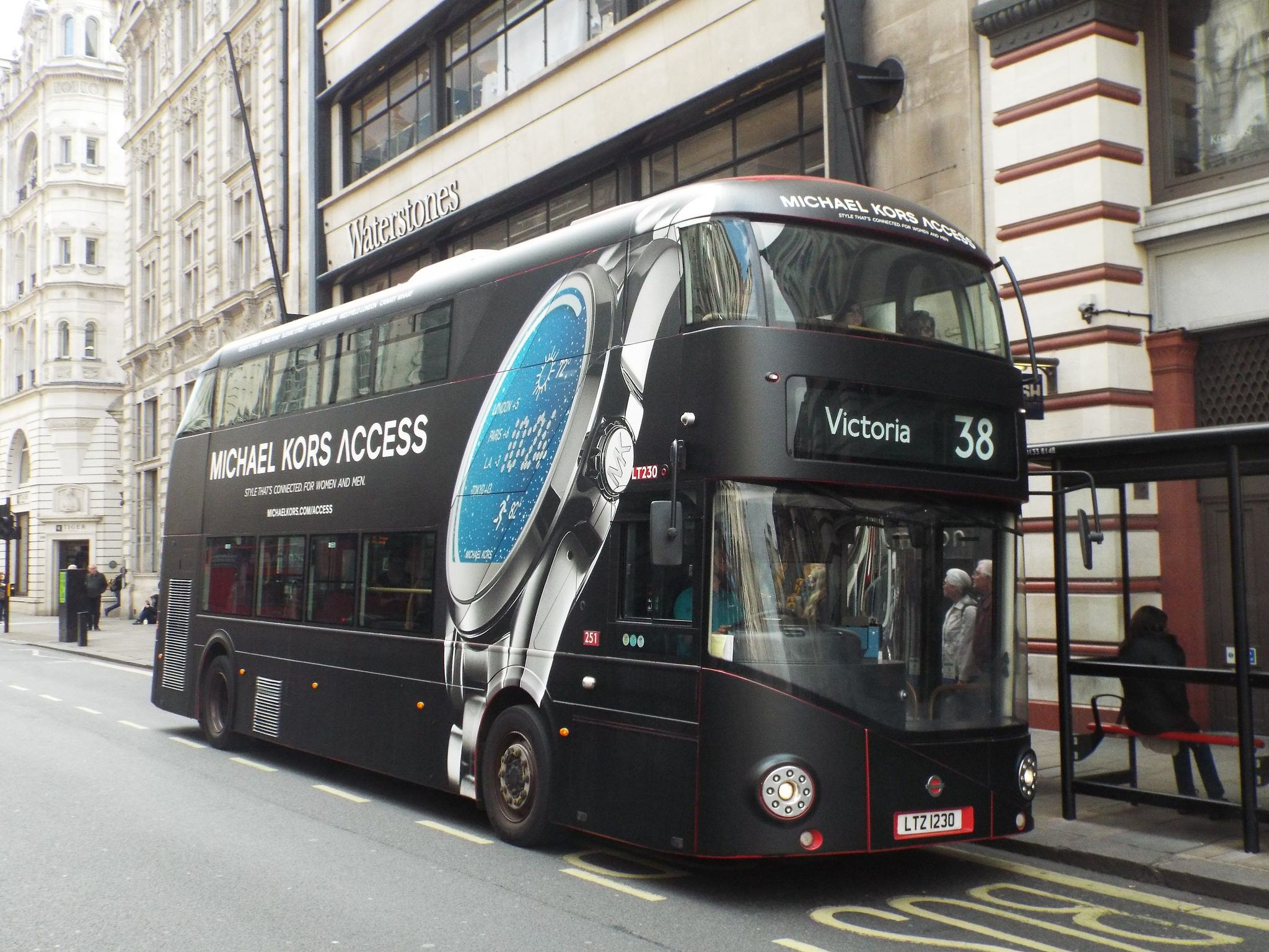 Arriva London Lt230 Ltz1230 Route 38 Piccadilly Circus London Bus London Transport New Routemaster