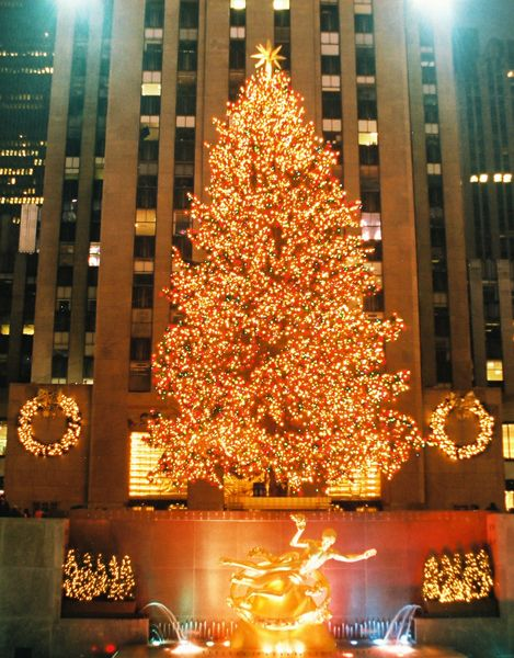 Christmas in NYC- my favorite! Let the countdown begin to seeing this tree :)