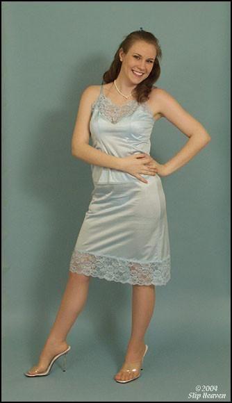 foto de icantlogin8 Ropa intima femenina Enaguas Ropa intima
