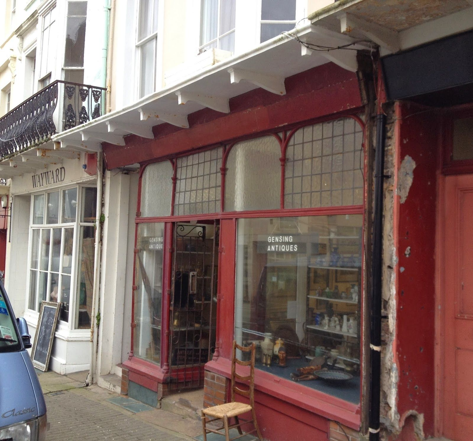 Hastings Battleaxe : Antiques, vintage shops and galleries in St Leonard's - a walk with Hastings Battleaxe