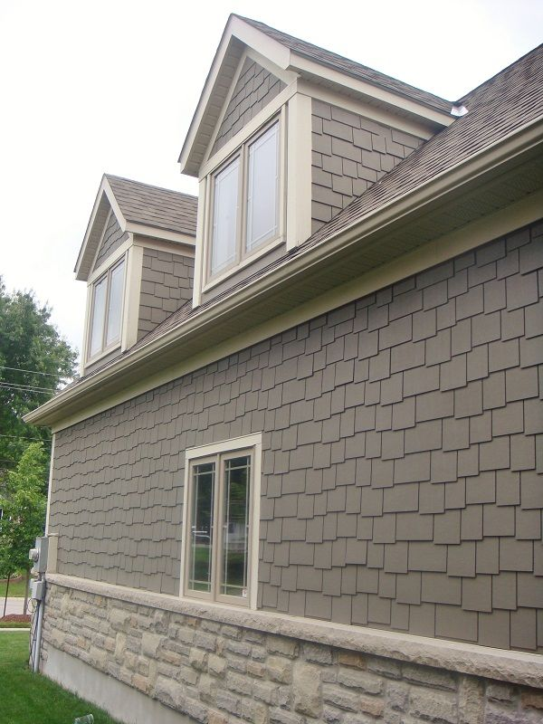 Jameshardie Staggered Shake Siding With Gentek Aluminum Soffit Fascia And Trim House Paint Exterior House Cladding Shingle Siding