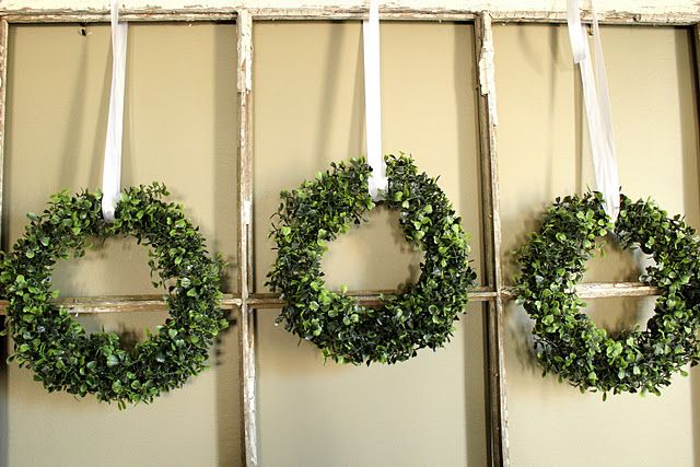 http://craftberrybush.blogspot.com/2011/12/faux-boxwood-mini-wreath-tutorial.html