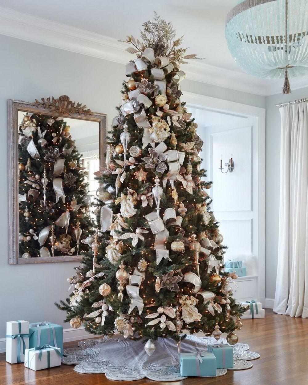 Pin By Jan Ka On Beautiful Christmas Tree Cool Christmas Trees Christmas Tree Decorations Christmas Bouquet