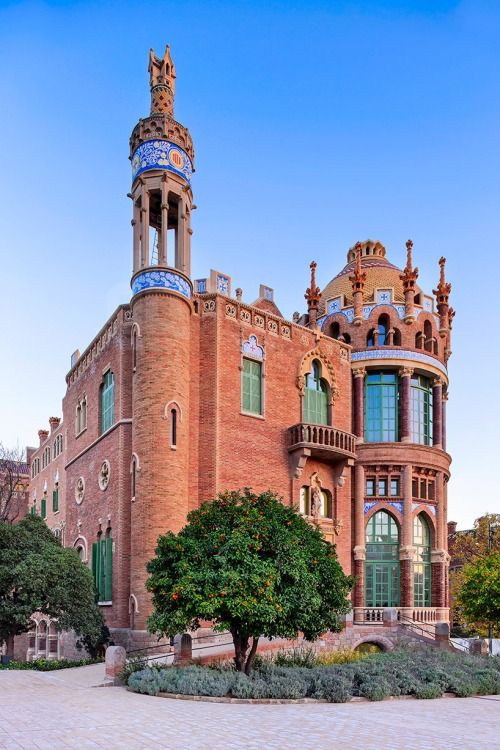 Sant Pau Hospital, Barcelona | Spain (by David Cardelus) Sant Pau hospital, UNESCO's World Heritage sites since 1997, has been completely renovated and accessible to the general public. Located several blocks away from Sagrada Familia, the facility, designed by Catalan architect Lluís Domènech i Montaner, has been documented by the camera of David Cardelus.