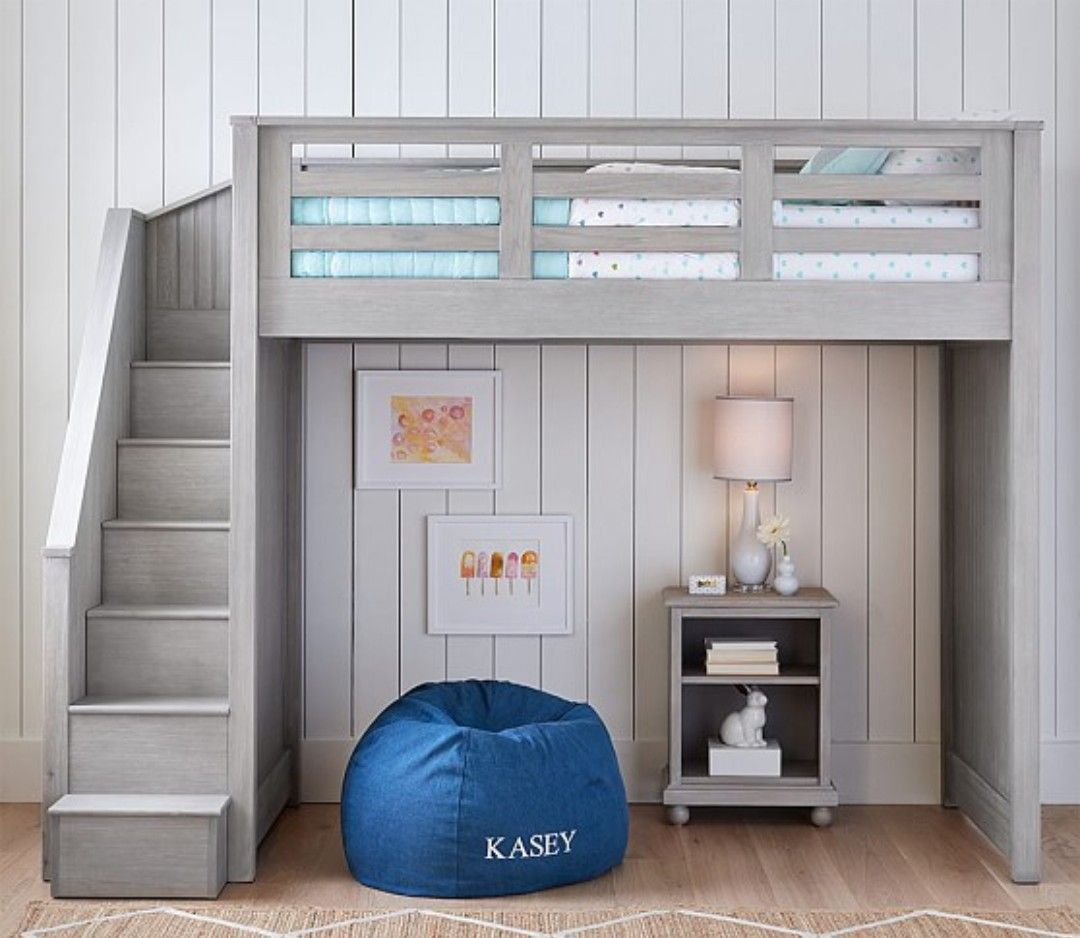 Loft bed with desk on bottom  I would absolutely LOVE to have a loft bed I would definitely put a