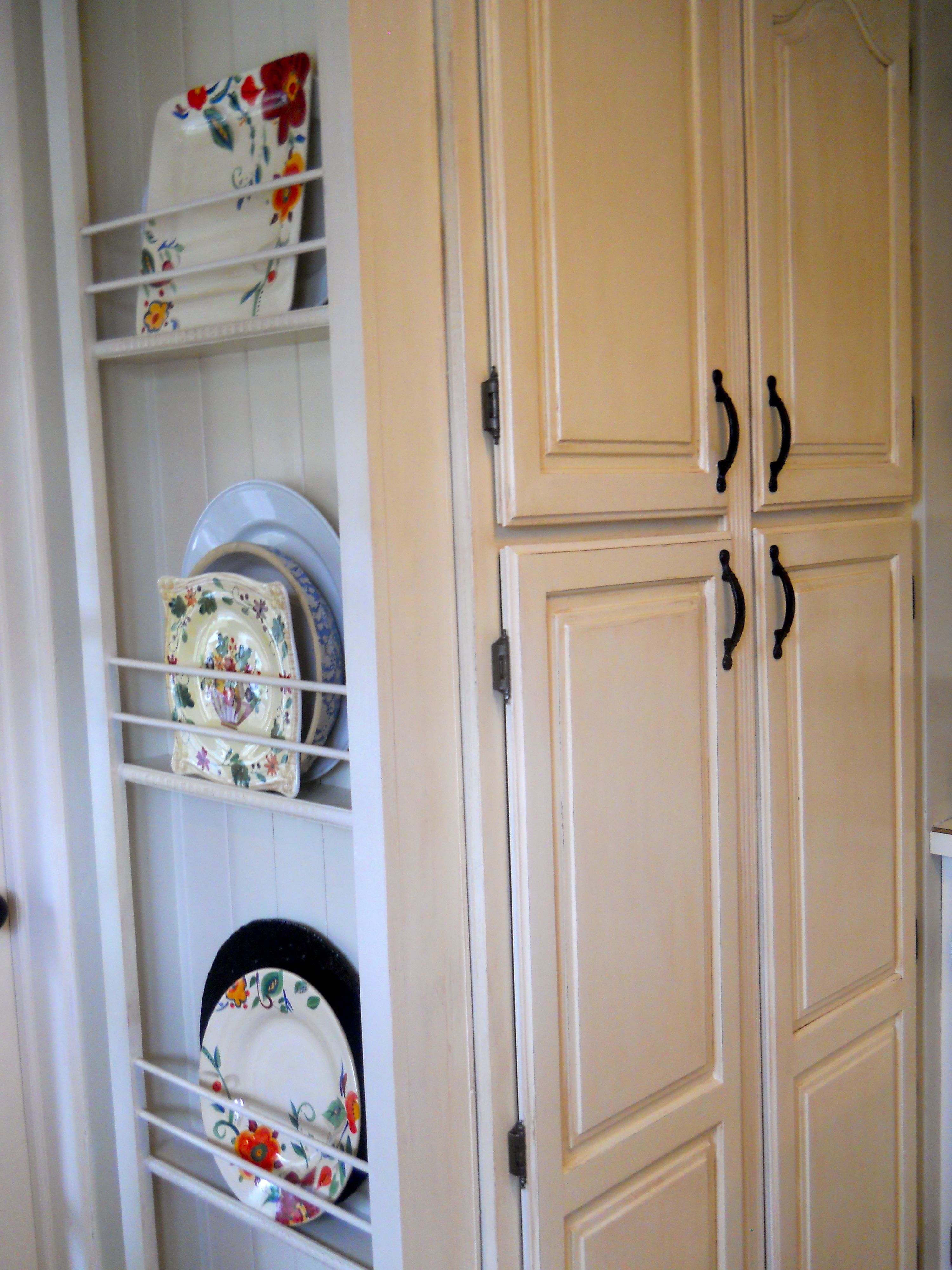 Plate rack added to end of pantry/panels were not removed ...