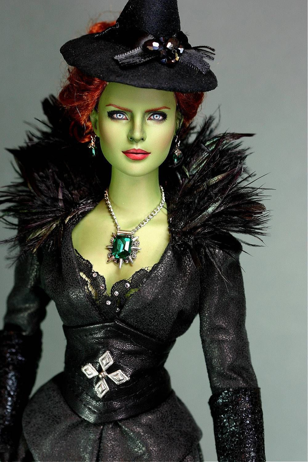 "OOAK Tonner repaint Once Upon A Time inspired "" Wicked ..."