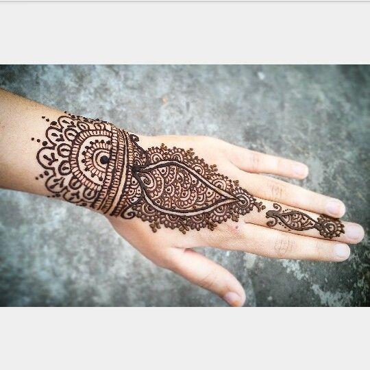 Latest mehndi designs for back hands easy simple mehndidesign also rh pinterest