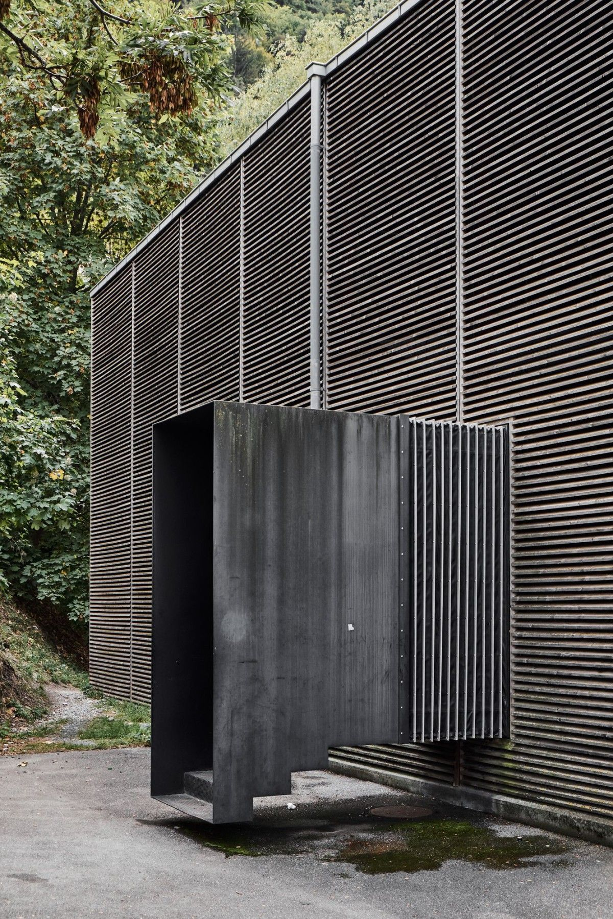 Peter Zumthor . Shelter for Roman Ruins . Chur (3) Peter