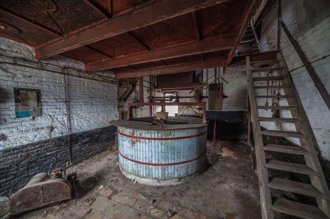 Urbex para cervejaria - tina de mostura