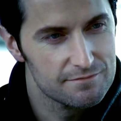 Richard Armitage My stomach flutters when I see pictures of him