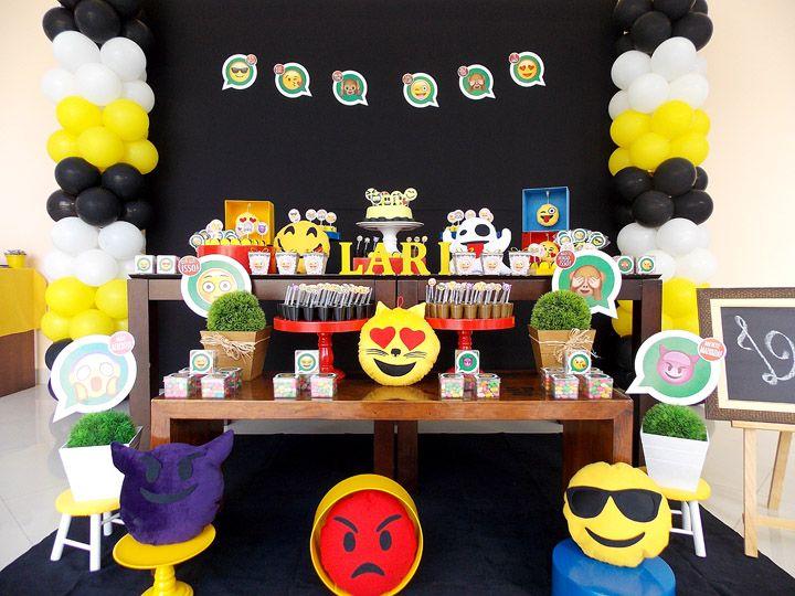 Imagem relacionada Leo's 12 Festa emoji, Decoraç u00e3o de festa emoji e Festa de aniversário  -> Decoração De Festa Tema Emoji