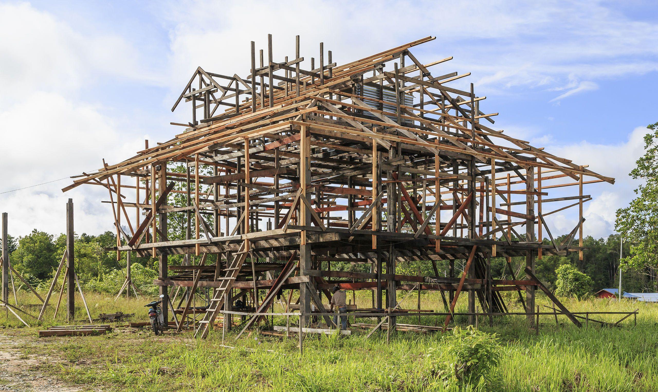 Salarom Sabah Frame-of-a-new-house-01 - Framing (construction ...