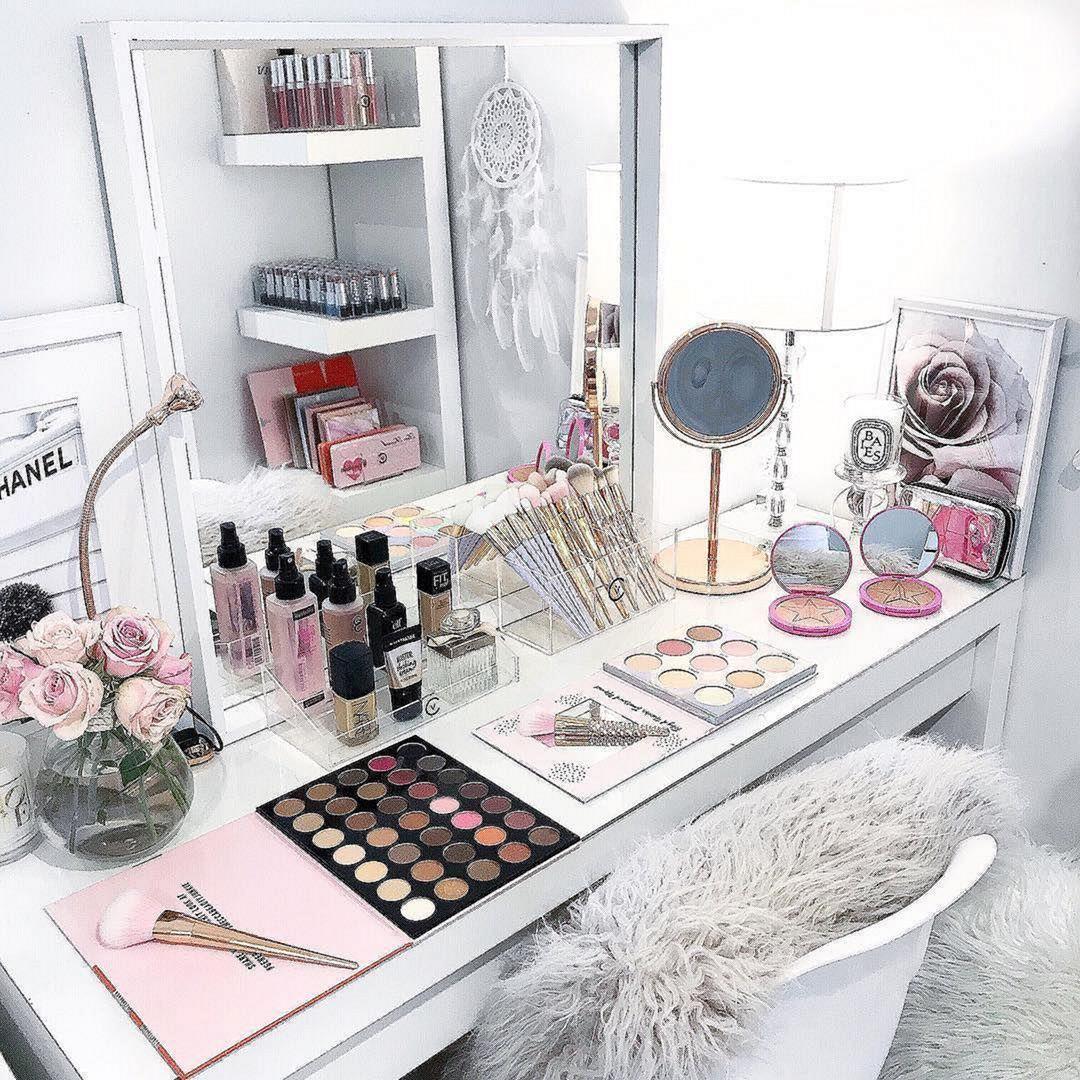 10 Easy And Comfortable Makeup Organization Hack Ideas  Makeup