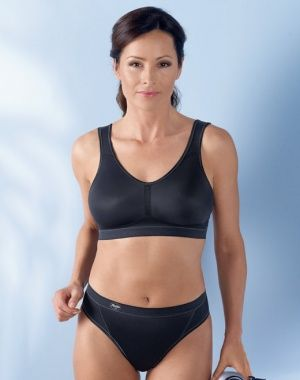 9adb4a600b2c7 New  The Anita Vivana Active 5300X mastectomy sports bra features  bi-lateral pre-formed pocketed cups in a soft