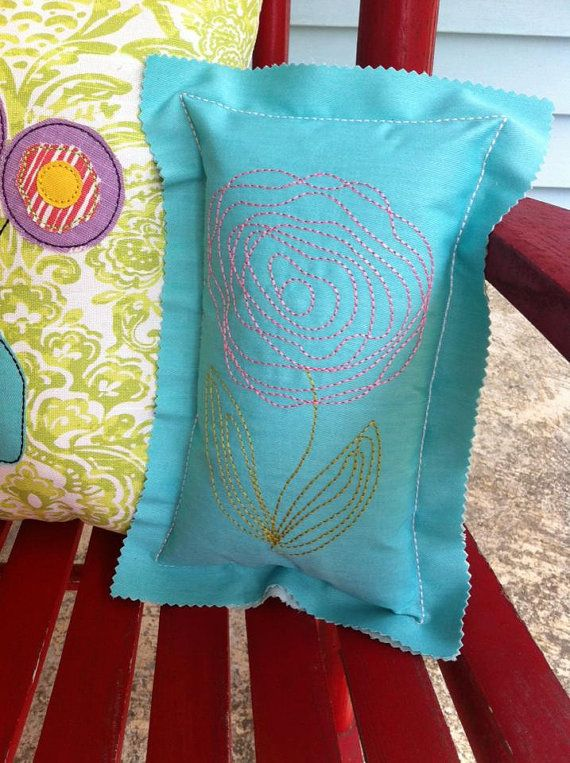 ITH Raggy Pillow DIGITAL Embroidery Design by BackYardStitchin