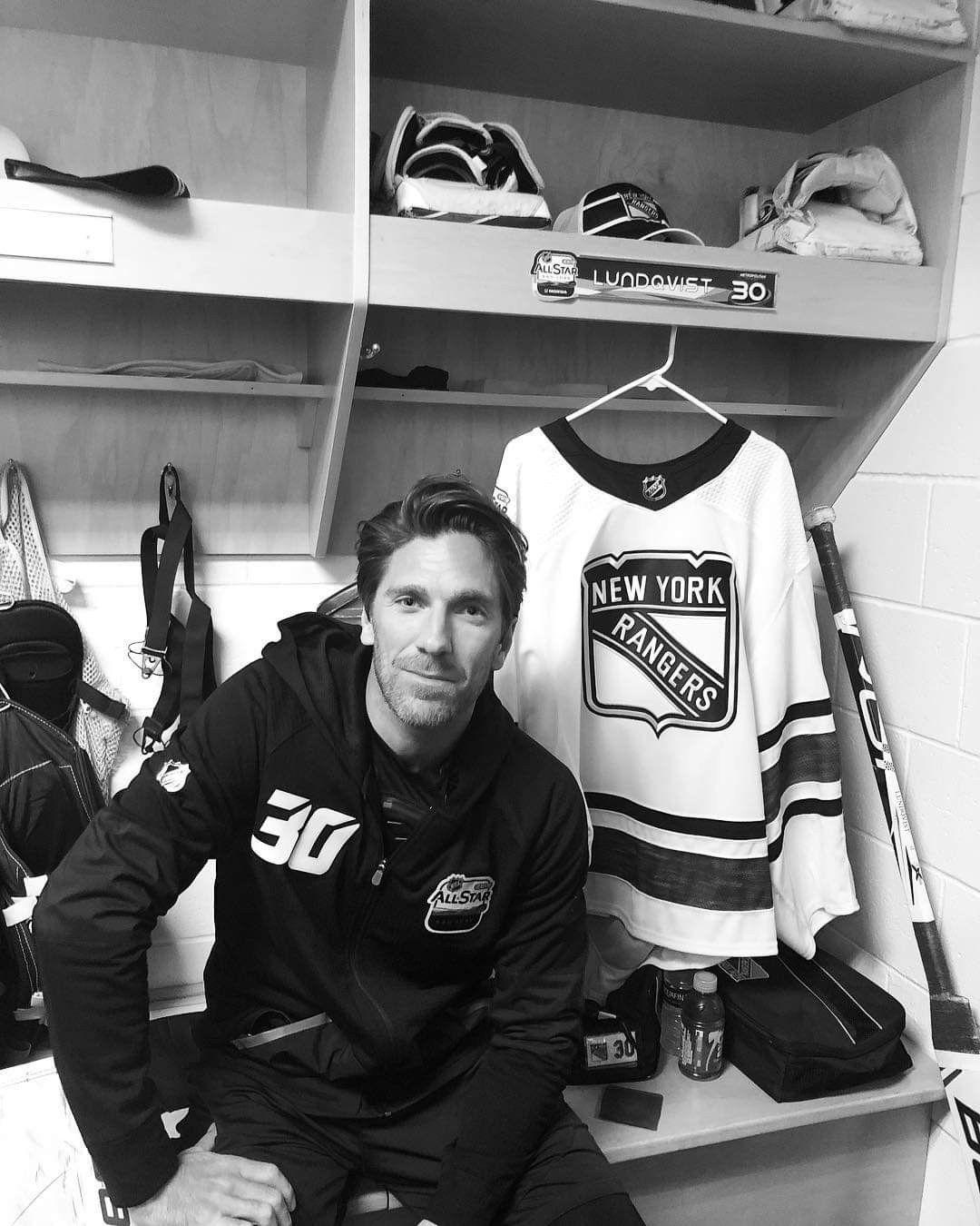 Hockey image by Zoe Blasak New york rangers, Ranger