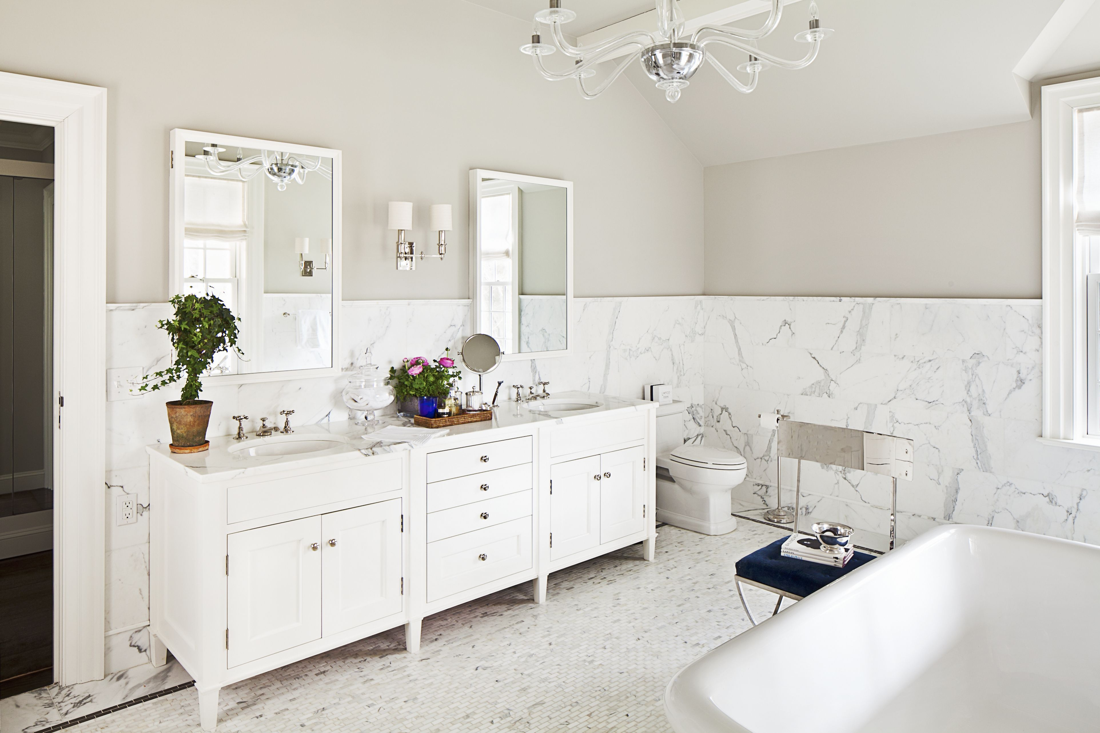 Statuary tile and mosaic floor in a white bathroom by Alisberg ...