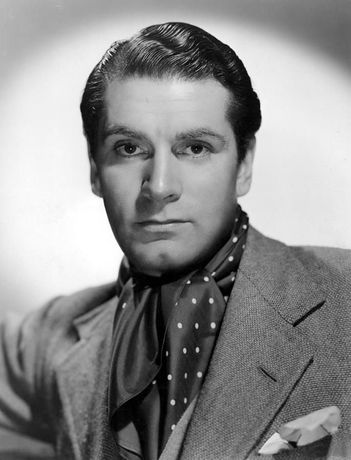 Laurence Olivier, Portrait, With Ascot by Everett in 2020 ...