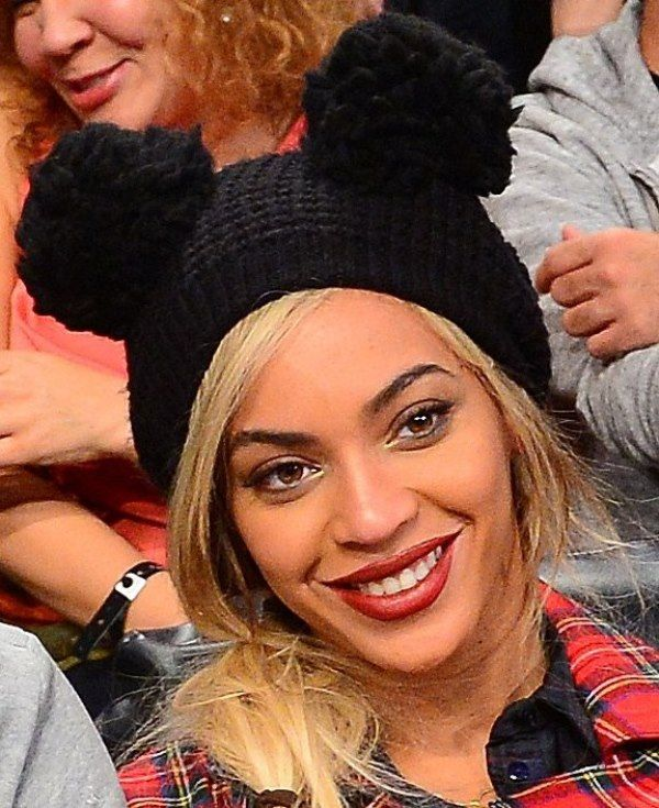 1116460afb7 Beyonce s double pom-pom beanie is technically a bear hat