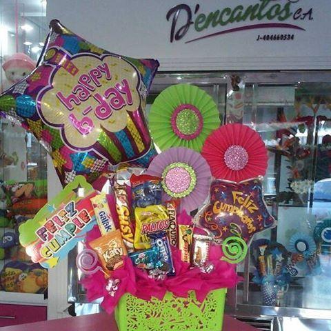 Hermoso regalo de cumpleaños  #dencantos #cumpleaños #regalos #globos #chocolates #amor #amistad #alegria #felicidad #momentosinolvidables #cagua #aragua #venezuela