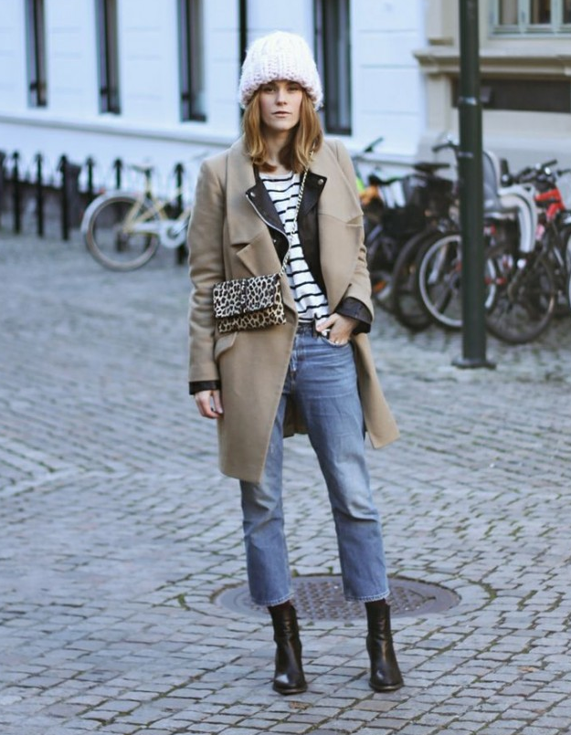19e65cfeed9 chic way to wear socks with cropped jeans and boots