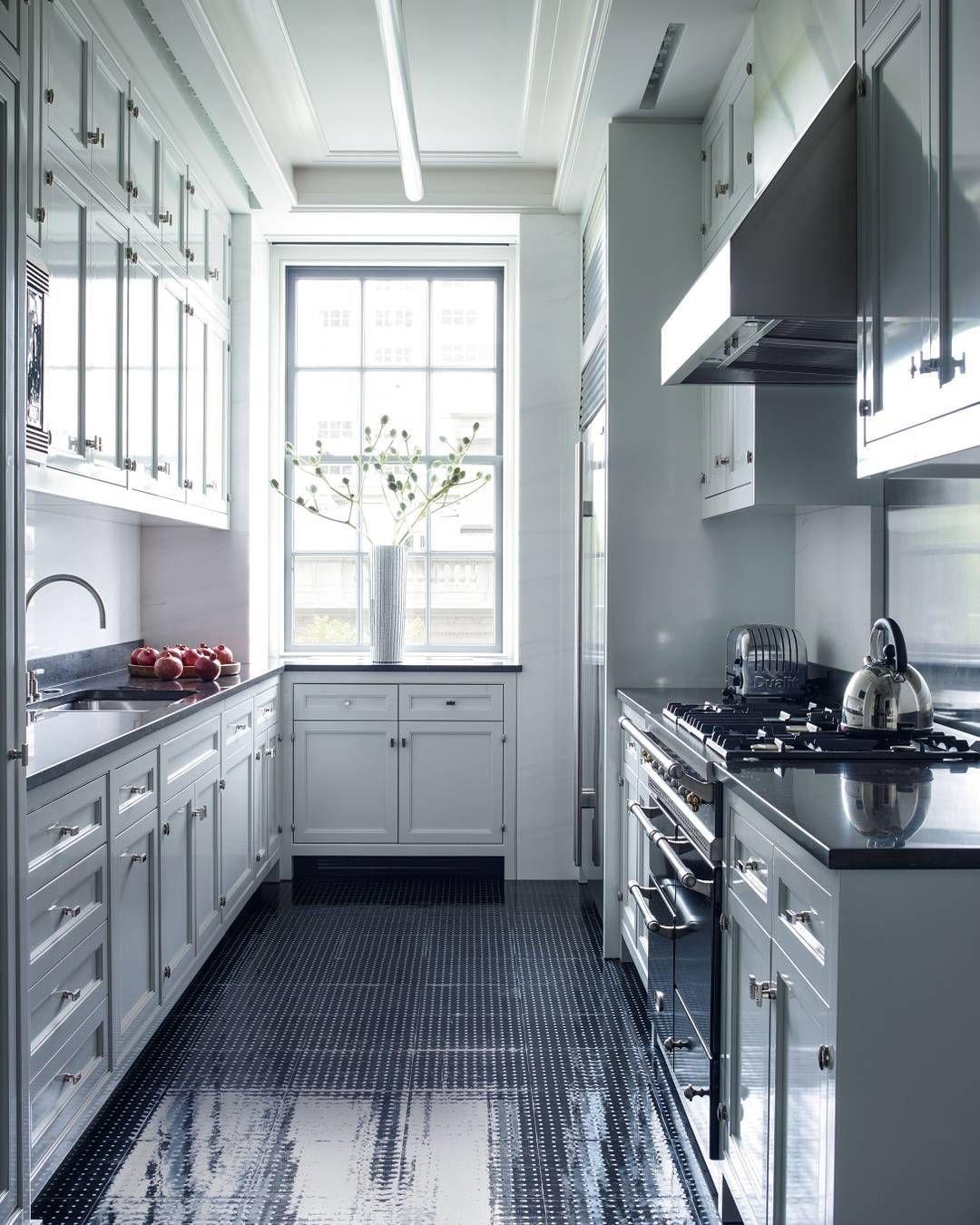 An absolutely stunning kitchen floor. | Photo: William Waldron ...