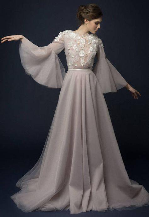 Lavendel Tüll Boho Brautkleid mit französischem Spitzenabschluss Bohemian Brautkleid Handstickerei Langarm Brautkleider Tüllrock LILLA   – wedding dress