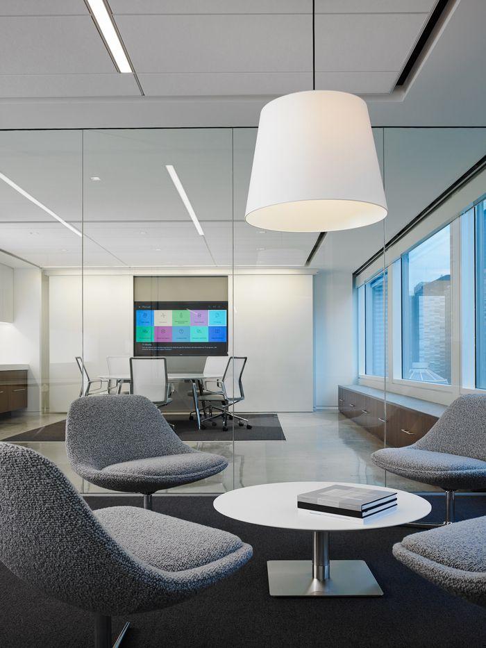 Pivot office chicago office design 10 corporativo for Pinterest oficinas modernas