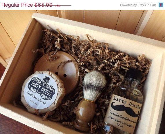 ON SALE Men's Shave Set in Deluxe Wood Box with por DirtyDeedsSoaps