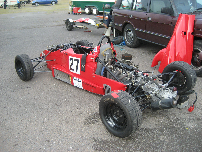 1975 - Royale RP 21 Formula Ford, Huub Rothengatter met manager ...