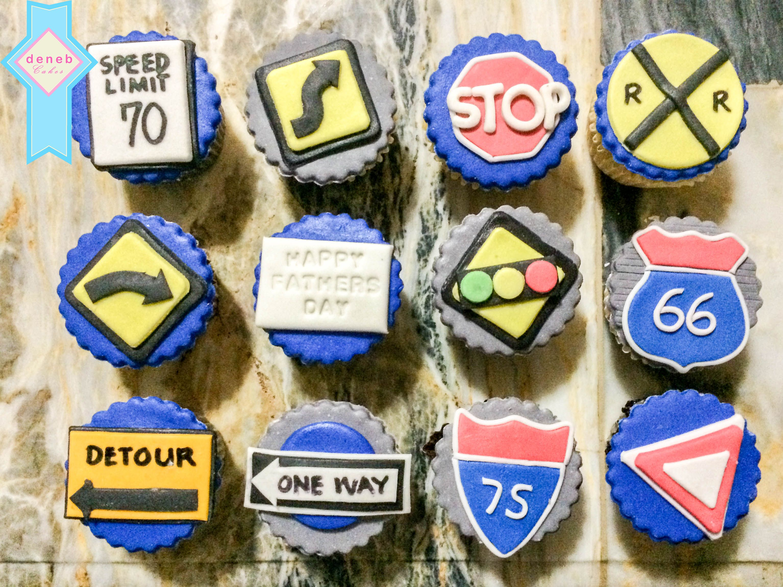 Driving signs cupcakes.