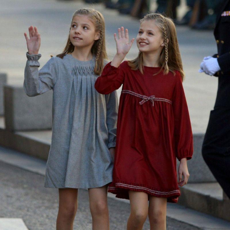 Los vestidos 39 gemelos 39 de la princesa leonor y la infanta - Foto princesa sofia ...