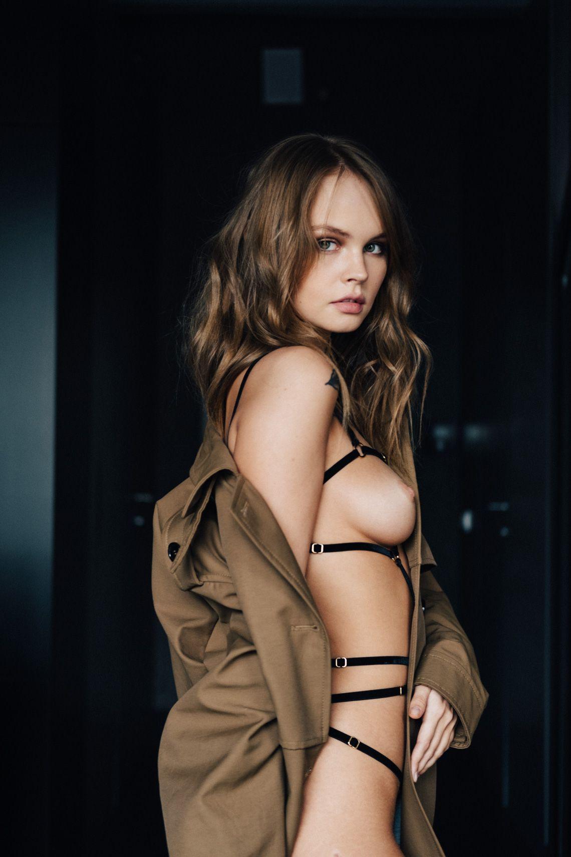 nudes (69 photos), Pussy Celebrites fotos
