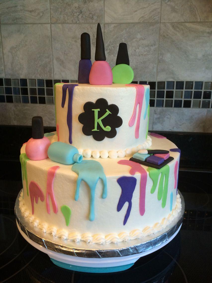 Young teen girl cake