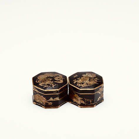 /// Hadassa — Pair of Japanese Gold Inlaid Octagonal Boxes