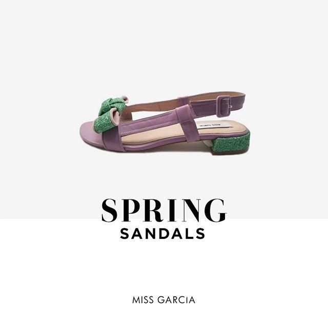 Las #sandalias de la #temporada #Misha #MissGarcía #MissGarciashoes los pares mas chic para sumergirte en la frescura de #primavera