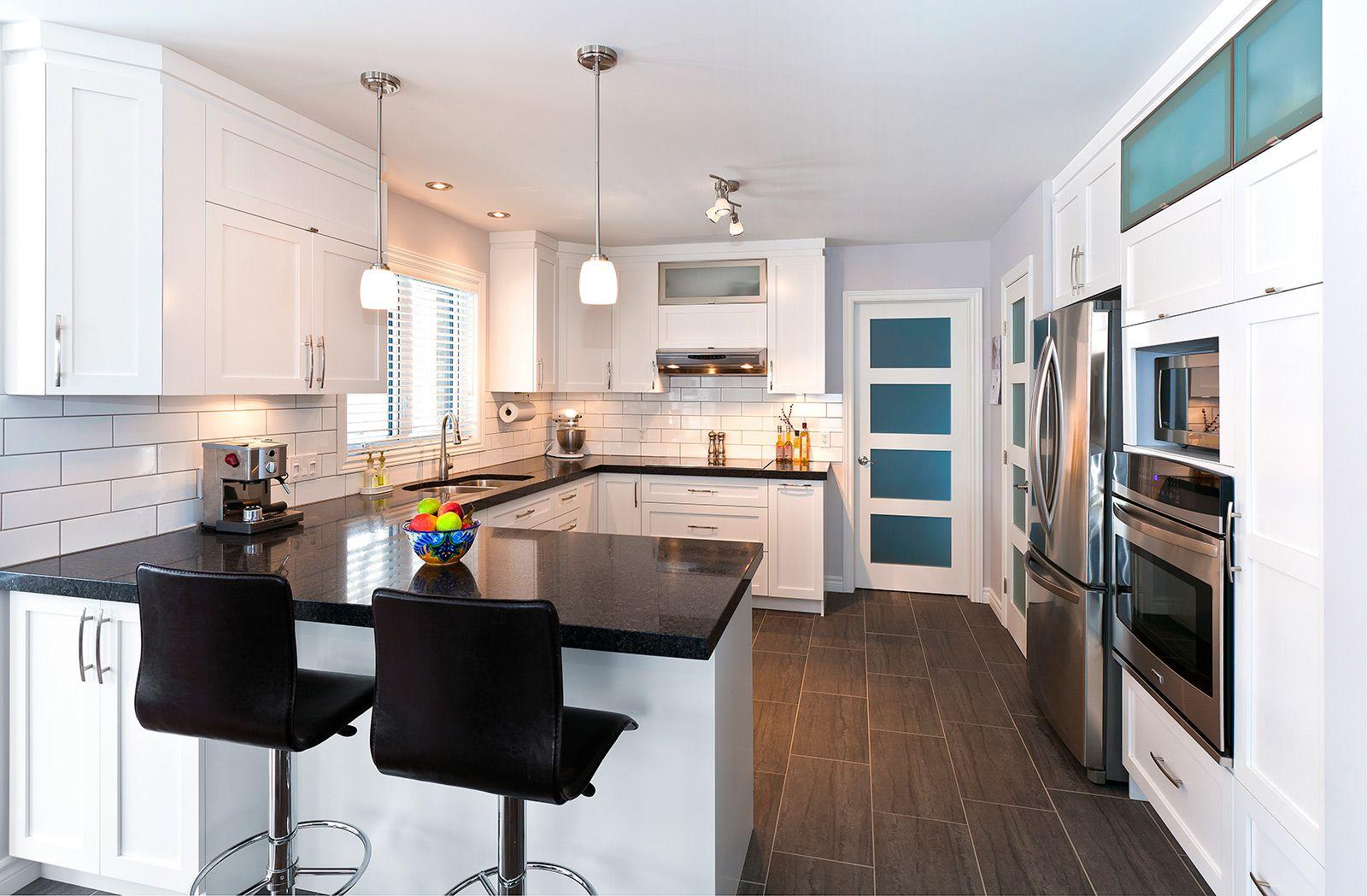R sultats de recherche d 39 images pour cuisine blanche - Comptoir de cuisine noir ...