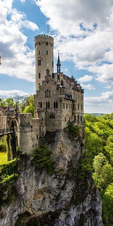 Pin Von Theodore Nguyen Auf Castles Schloss Lichtenstein Deutschland Burgen Burg Hauser