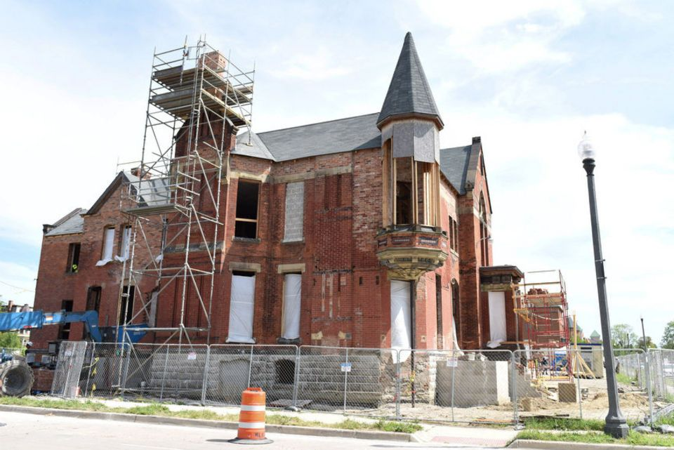 Rehab Addict Star On Detroit S Ransom Gillis House It S Simply