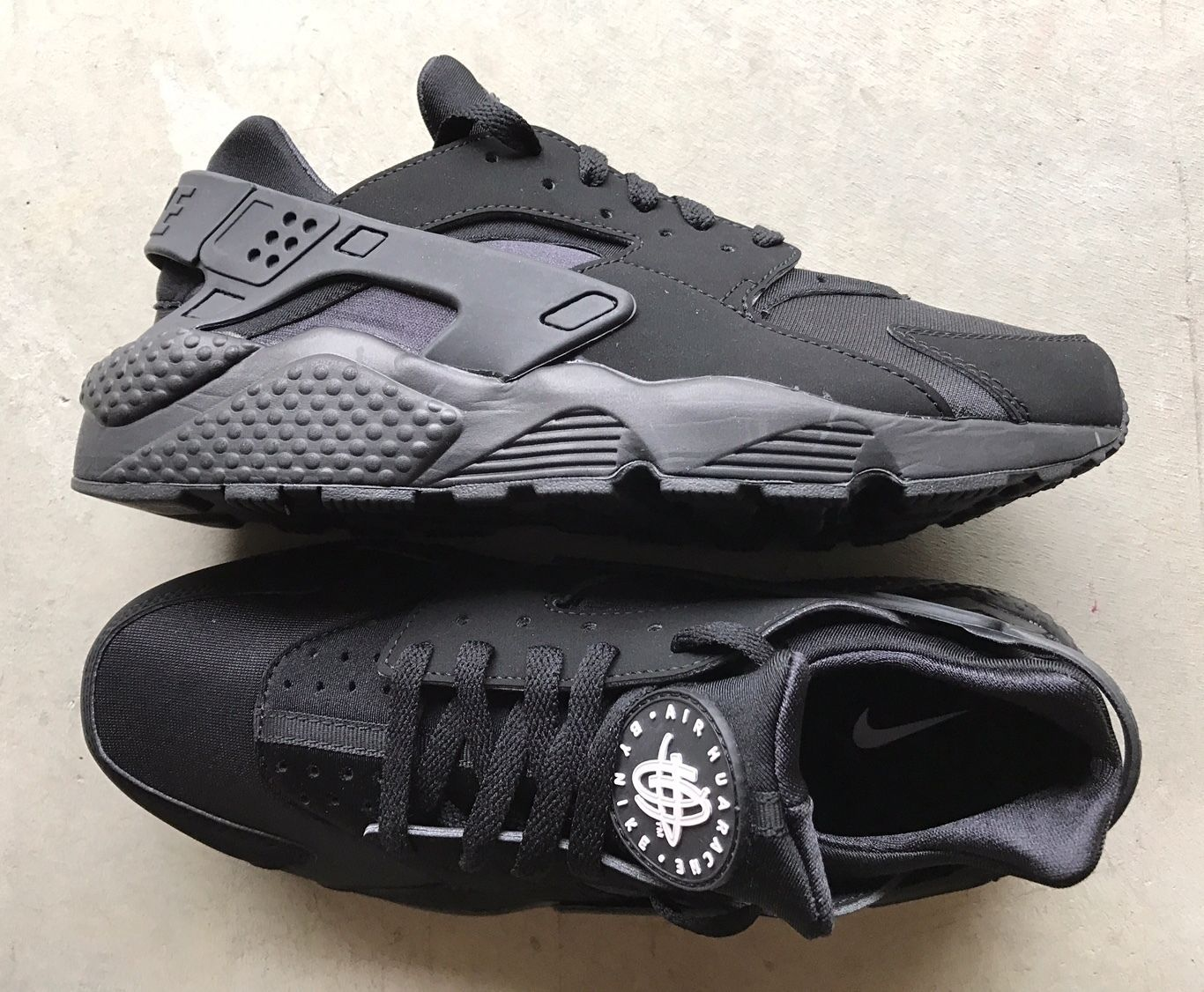 Nike Air Huarache Black Black White size 13 (# 318429 003